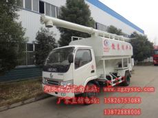东风福瑞卡5立方散装饲料运输车