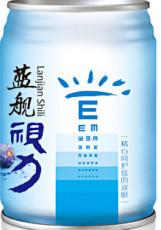供应夏日解渴好喝的蓝莓果汁饮料