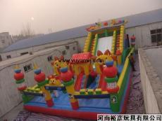大型兒童充氣玩具充氣蹦蹦床鄭州裕彥玩具廠